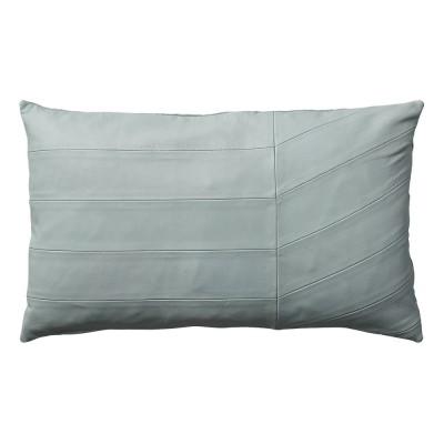 Coria cushion pale mint