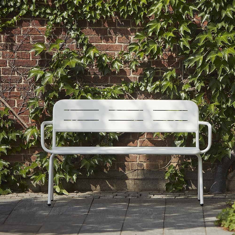 Ray bench with armrests white
