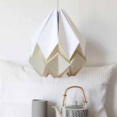 Hanahi pendant lamp white & vanilla Tedzukuri Atelier