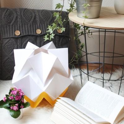 Hikari table lamp paper white & buttercup Tedzukuri Atelier