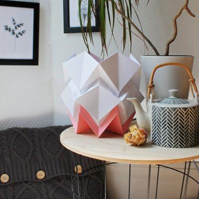 Hikari table lamp paper white & pink Tedzukuri Atelier