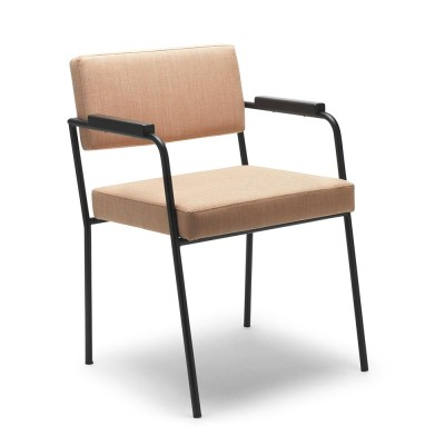 Monday chair with arms Kvadrat Remix 2 - 612