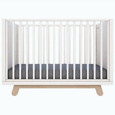 Peekaboo crib