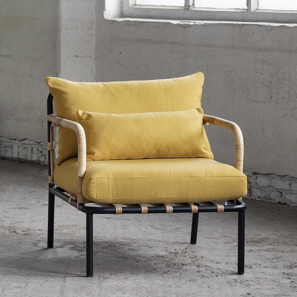 Lounge chair Capizzi black frame & white cushion