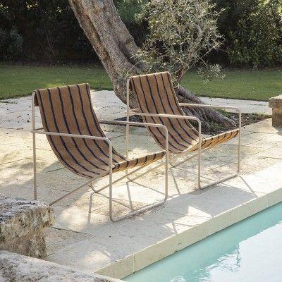 Chaise lounge Desert rayé noir Ferm Living