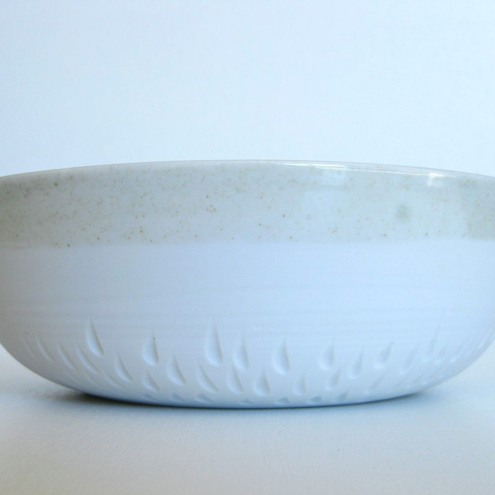 Porcelain and celadon salad bowl