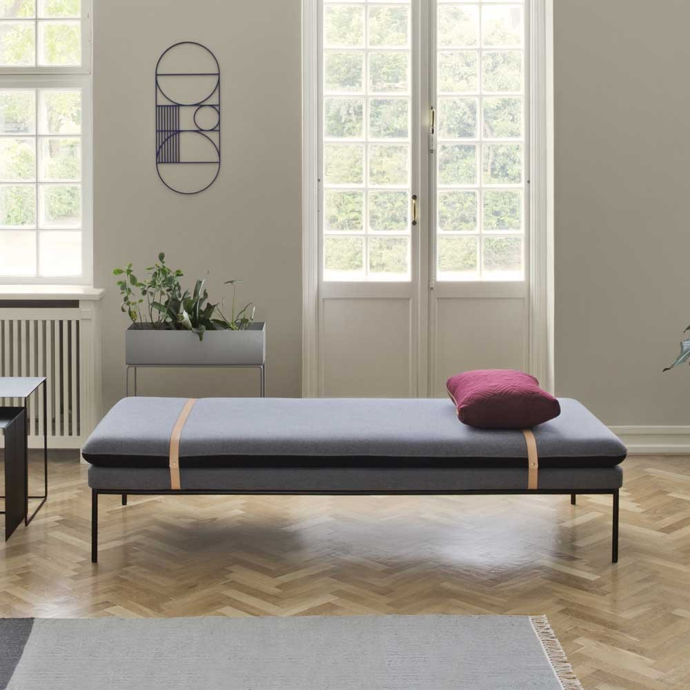 Turn daybed wool grey
