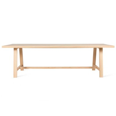 Norbert dining table