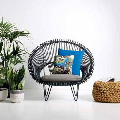 Roy Cocoon black armchair