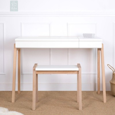My great pupitre desk white